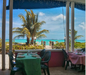 Restaurants with Gorgeous Views in the Bahamas